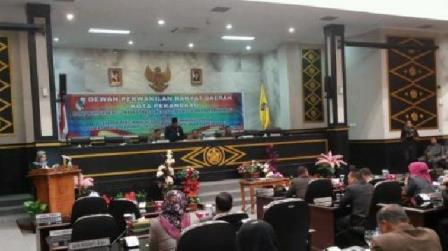 Sidang Paripurna DPRD Kota Pekanbaru Pengesahan Ranperda Masjid Paripurna Kota Pekanbaru. (rsc)