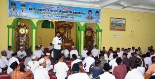 Walikota-Pekanbaru-menyampaikan-arahan-saat-safari-ramadhan